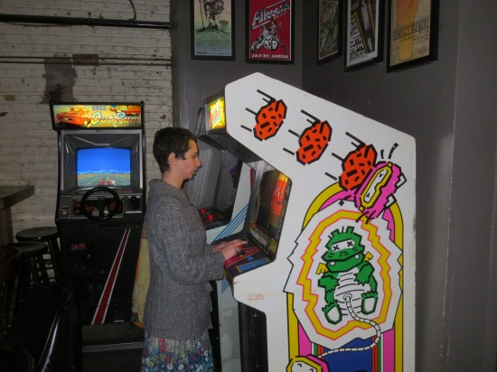 Shayna playing Dig Dug @ Barcade
